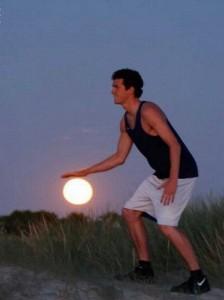 παίζοντας μπάσκετ με τον ήλιο